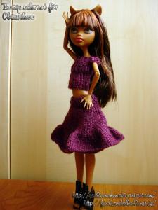Burgundy Top & Skirt for Clawdeen